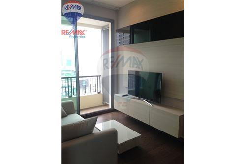 RE/MAX Properties Agency's FOR RENT Q Asoke 2BED 46SQM. 4