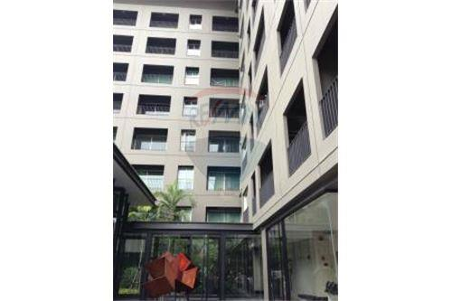 RE/MAX Executive Homes Agency's THE SEED MUSEE (SUKHUMVIT 26) For Rent 12