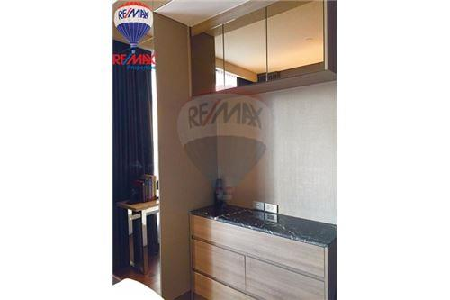 RE/MAX Properties Agency's FOR RENT The Lumpini 24 1BED 39SQM. 4