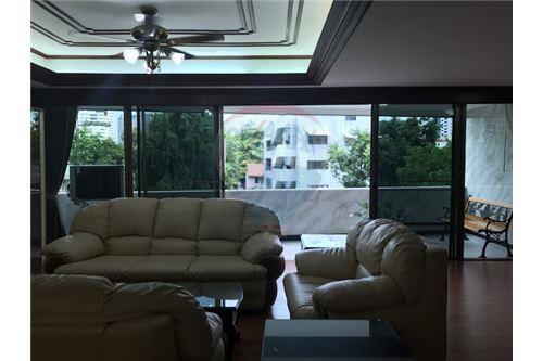RE/MAX Properties Agency's FOR RENT PREMIER CONDOMINIUM  3BED 217SQM 2