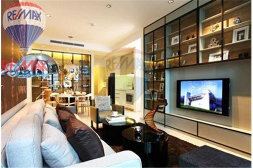 RE/MAX Properties Agency's FOR SALE Noble Ploenchit 1BED 58.2 SQM. 1