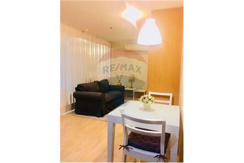 RE/MAX Executive Homes Agency's For SALE/ RENT!! 1 bed at 59 Heritage 5.6 MB 5