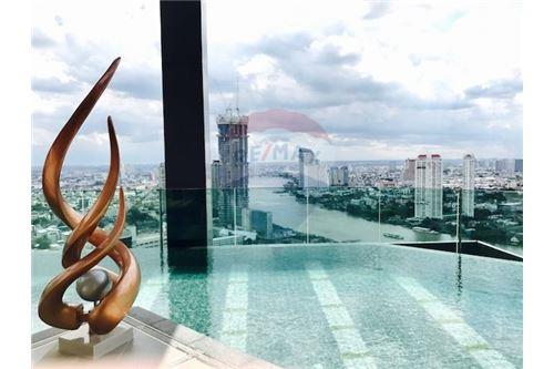 RE/MAX Executive Homes Agency's Nice 1 Bedroom for Sale Rhythm Sathorn 7