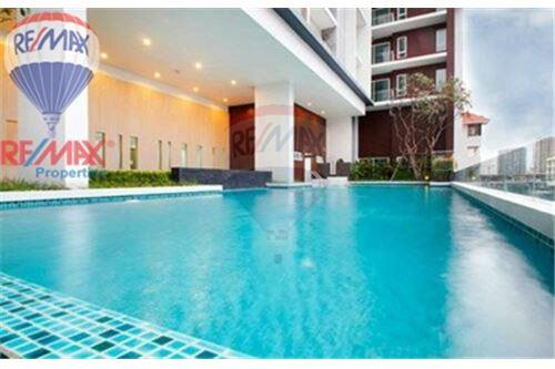 RE/MAX Properties Agency's FOR SALE The Bloom Sukhumvit 71 2BED 88SQM 2