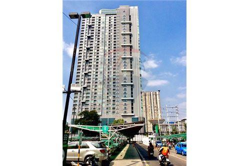 RE/MAX Properties Agency's 1 Bed for Sale At Rhythm Sukhumvit 10