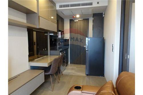 RE/MAX Executive Homes Agency's Nice 1 Bedroom for Rent Ashton Asoke 4
