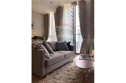 RE/MAX Executive Homes Agency's Stunning 1 Bedroom for Rent Noble Phloenchit 1