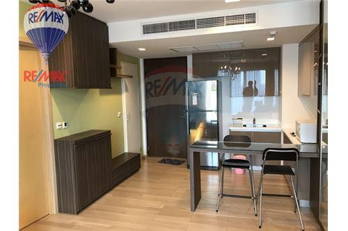 RE/MAX Properties Agency's RENT Siri at Sukhumvit 1BED 51SQM. 4