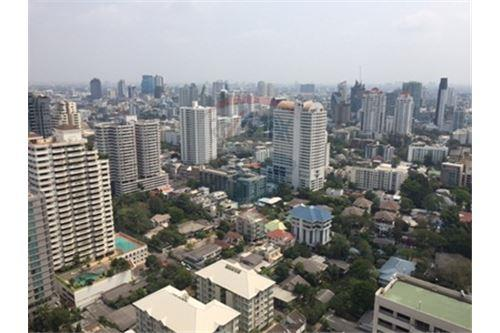 RE/MAX Properties Agency's FOR SALE  THE MADISON SUKHUMVIT 41   4BED 290SQM 9