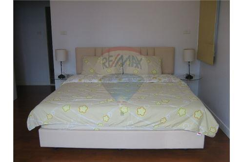 RE/MAX Properties Agency's Condominium For Sale At Baan Siri 24, Khlong Toei, Bangkok 9