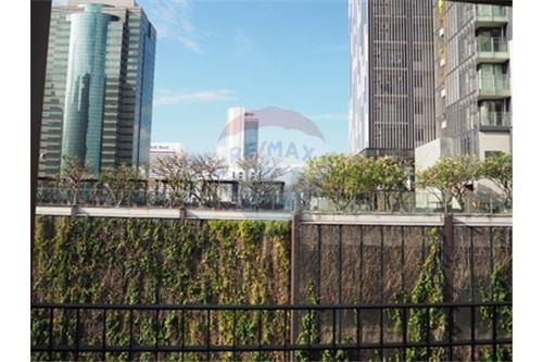 RE/MAX Properties Agency's RENT The Hudson Sathorn 2BED 88.75SQM. 13