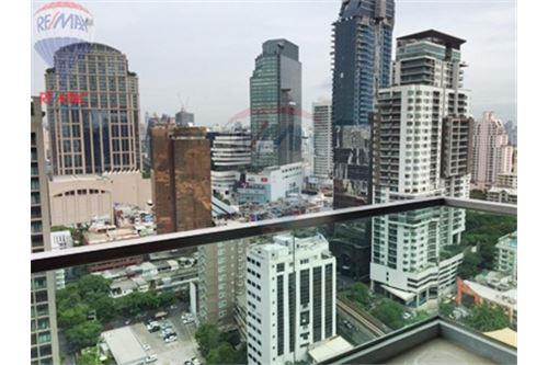 RE/MAX Properties Agency's FOR SALE  THE ADDRESS SUKHUMVIT 28  2BED 70SQM 2