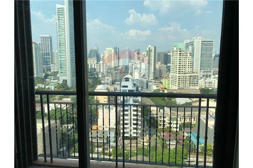 RE/MAX Properties Agency's RENT Aguston Sukhumvit 22 1BED 53SQM. 2
