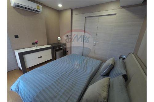 RE/MAX Executive Homes Agency's Nice 1 Bedroom for Rent Klass Langsuan 2
