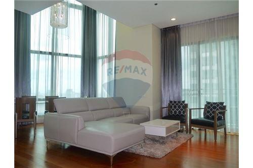RE/MAX Properties Agency's Sale Bright Sukhumvit 24 3BED 179SQM. 5