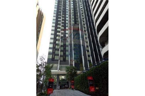 RE/MAX Properties Agency's FOR SALE  EDGE Sukhumvit 23  1BED 31.5SQM 2