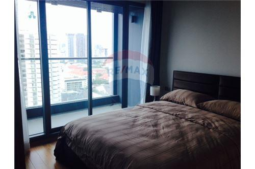 RE/MAX Properties Agency's RENT Hyde Sukhumvit 2BED 85SQM. 3