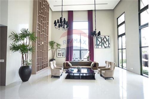 RE/MAX Executive Homes Agency's Capital Ekamai-Thong Lo sale/rent 10