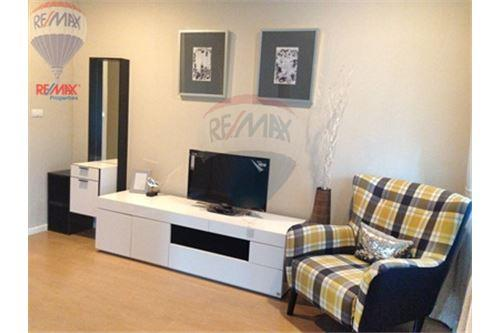 RE/MAX Properties Agency's FOR SALE RENOVA RESIDENCE CHIDLOM  2BED 105SQM 1