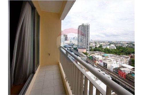 RE/MAX Properties Agency's RENT Life @ Sukhumvit 2BED 60SQM. 2