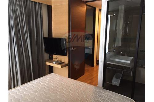 RE/MAX Properties Agency's Rent 2bedroom@ Quad Silom 4