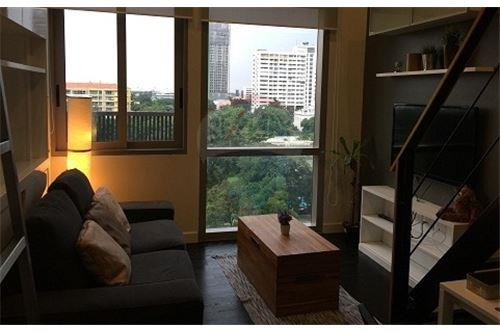 RE/MAX Executive Homes Agency's Lovely 1 Bedroom Duplex for Rent Ideo Morph 1