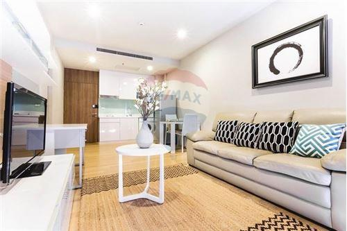 RE/MAX Properties Agency's RENT Noble Refine 1BED 53SQM. 5