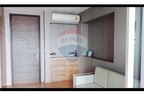 RE/MAX Executive Homes Agency's Rhythm Phahol-Ari sale/rent 4