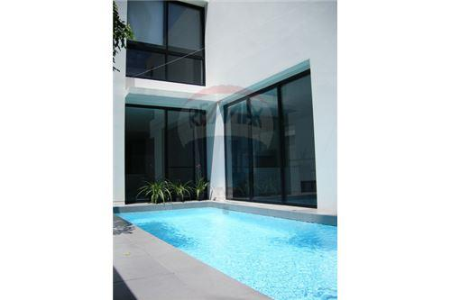 RE/MAX Executive Homes Agency's Modern Single House With Private Pool On Thonglor. 1