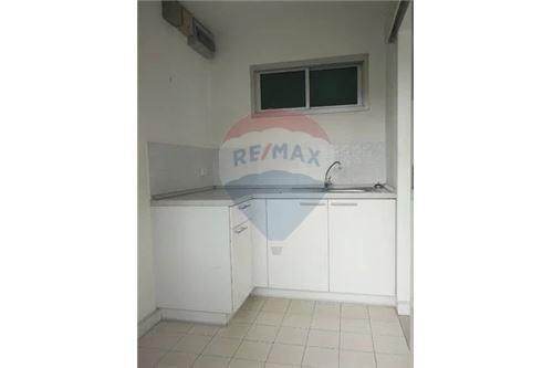 RE/MAX Executive Homes Agency's Spacious 1 Bedroom for Sale Condo One Thonglor 4