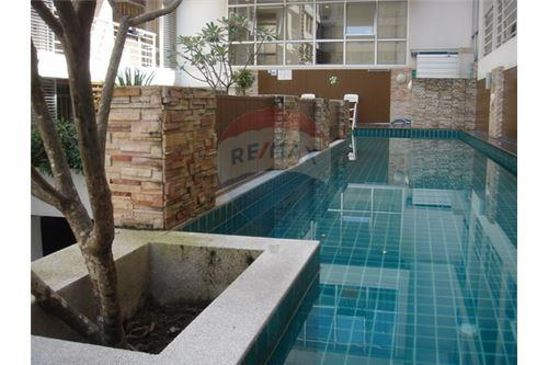 RE/MAX Executive Homes Agency's Studio For sale The Link Sukhumvit 50 4