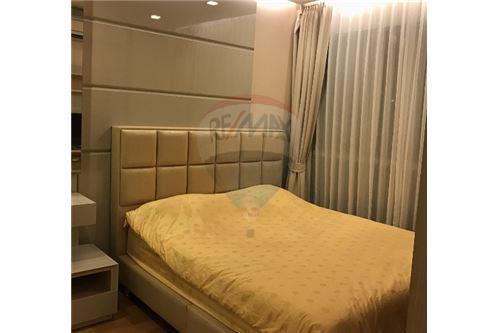 RE/MAX Executive Homes Agency's Cozy 1 Bedroom for Rent Address Asoke 1