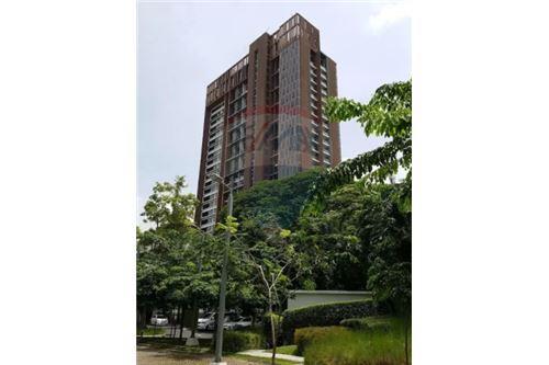 RE/MAX Executive Homes Agency's The Loft Ekkamai / 1 Bedroom&Duplex / for Rent 4