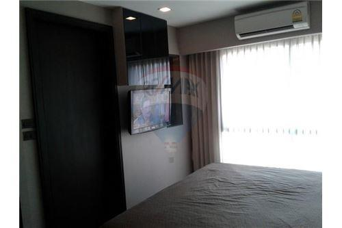 RE/MAX Executive Homes Agency's Nice 1 Bedroom for Sale Tidy Thonglor 2