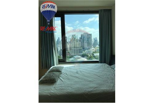 RE/MAX Properties Agency's RENT Aguston Sukhumvit 22 1BED 55SQM. 12