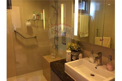 RE/MAX Properties Agency's Hyde Sukhumvit 13 For-Sale condo,Bangkok 5