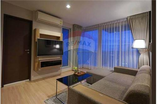 RE/MAX Executive Homes Agency's Rhythm Sathorn for rent 4