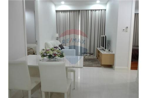 RE/MAX Executive Homes Agency's Q Langsuan / 2 Bedrooms / For Rent / 65K 1