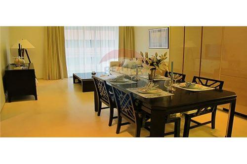 RE/MAX Executive Homes Agency's Spacious 1 Bedroom for Rent Saladaeng Residences 6