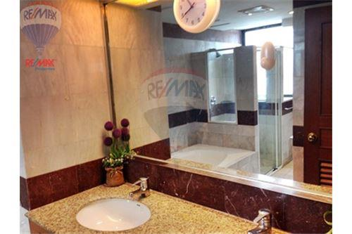 RE/MAX Properties Agency's FOR RENT  PRESIDENT PARK HARBOUR VIEW  3BED 223SQM 8