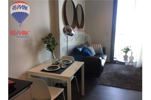 RE/MAX Properties Agency's RENT Edge Sukhumvit 23 1BED 32SQM. 2
