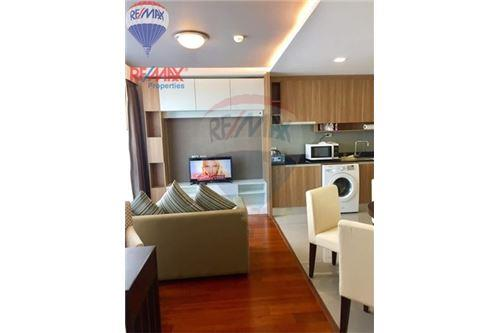 RE/MAX Properties Agency's Inter Lux Premier Sukhumvit13 1bed 52sqm.40k/month 2