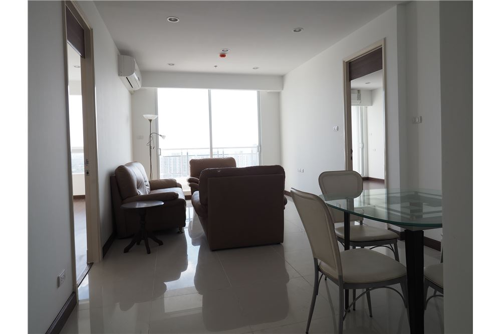 RE/MAX Executive Homes Agency's Nice 2 Bedroom for Rent Supalai Prima Riva 6