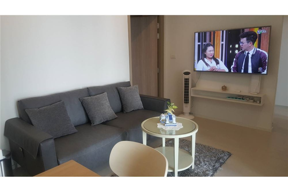 RE/MAX Properties Agency's RENT Noble Ploenchit 2BED 65SQM. 3