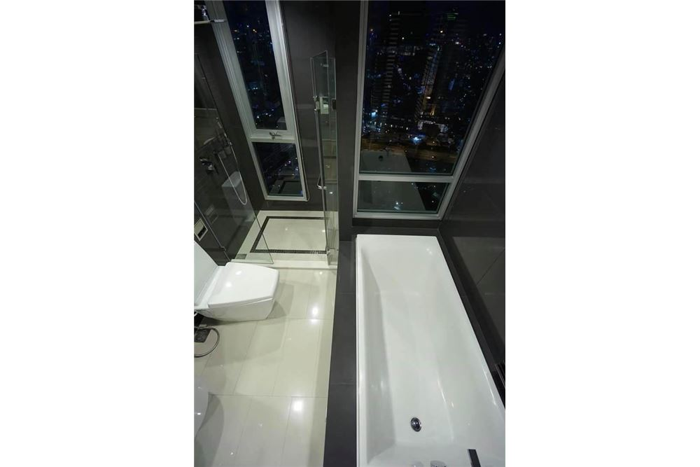 RE/MAX Properties Agency's SALE Rhythm Sathorn21 2BED 63.50SQM. 12