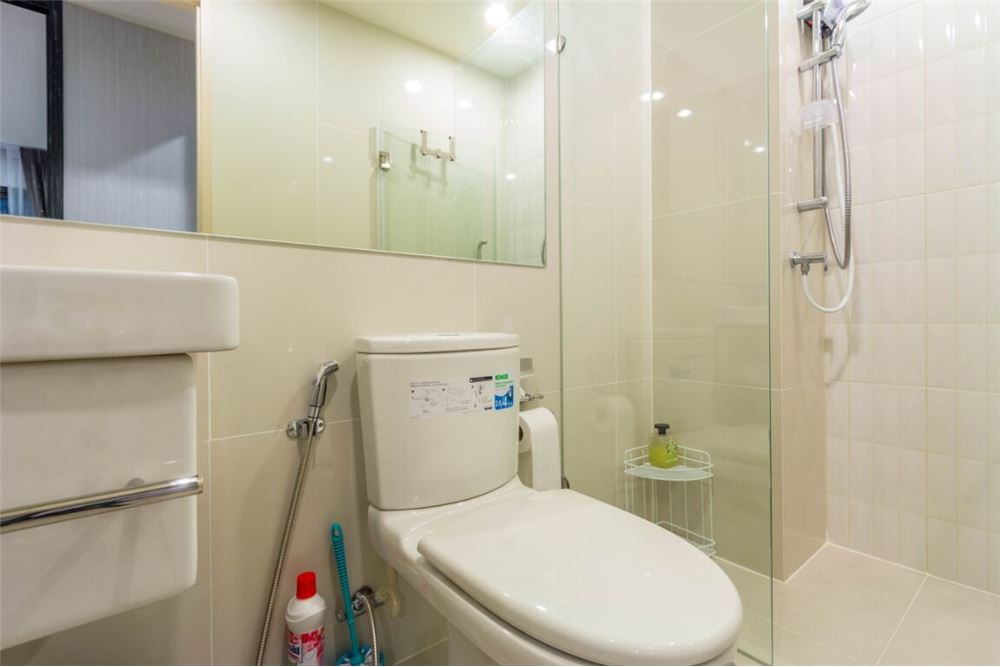 RE/MAX Executive Homes Agency's Life Asoke for sale/rent 7