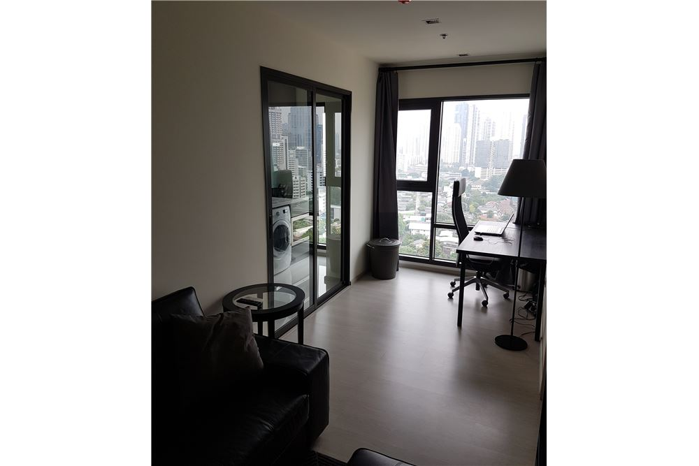 RE/MAX Executive Homes Agency's 1 Bedroom / for Rent / Rhythm Sukhumvit 36-38 3