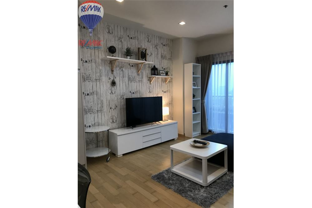 RE/MAX Properties Agency's FOR SALE NOBLE REVEAL 2 BEDS 75 SQM 2