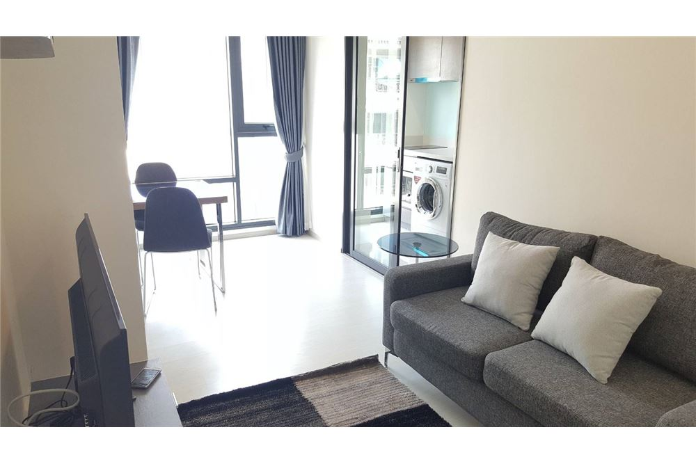 RE/MAX Executive Homes Agency's Rhythm Sukhumvit 36-38 / 1 Bed / For Rent 7