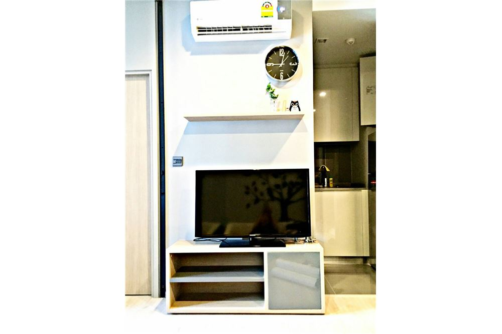 RE/MAX Executive Homes Agency's M Thonglor 10 1 bed, pet friendly near BTS Ekkamai 6